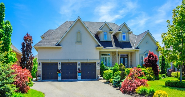 TIPS TO GET YOUR HOUSE TO THE TOP OF BUYER'S LISTS